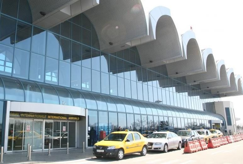 Taxis at Otopeni (part 94)