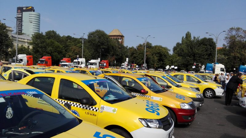 Bucharest taxi drivers vs. Uber (again)
